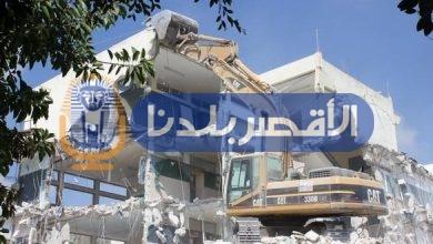 """Photo of رئيس مركز أرمنت يجتمع بعمد ومشايخ عائلات """"الرزيقات"""" لتنفيذ قرار إزالة مدرسة"""