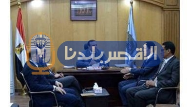 "Photo of مساعد وزير الاتصالات يلتقى نائب محافظ الأقصر لبحث ميكنة الإدارات "" تعرف على التفاصيل"""