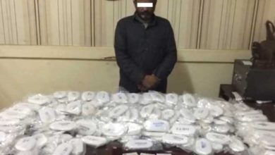 Photo of ضبط طالب وسائق اقصري بحوزتهم 35 قطعة من مخدر الحشيش بالغردقة