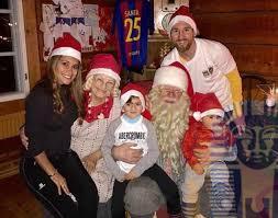 Photo of Happy New Year..ميسى وزوجته واولاده يحتفلان برأس السنة