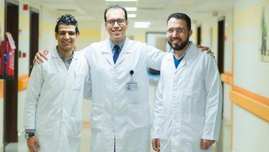 """Photo of """"بالصور""""..4أطباء في الصيدلية الإكلينيكية بمستشفي شفاء الأورمان يحصلون علي شهادة البورد الأمريكي الدولية"""