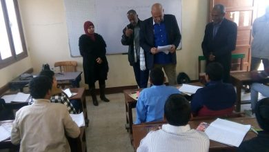 Photo of رئيس مدينة الطود يتفقد سير الامتحانات للفصل الدراسي الاول لمراحل التعليم الأساسي بالاقصر