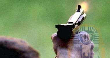 Photo of إصابة ضابط بمركز شرطة طيبة بطلق نارى بالخطأ أثناء تنظيف سلاحه بالأقصر