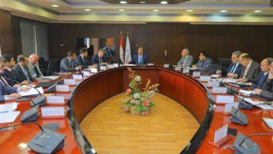 Photo of وزير النقل يشدد على تطوير نظم الإشارات بالسكك الحديدية