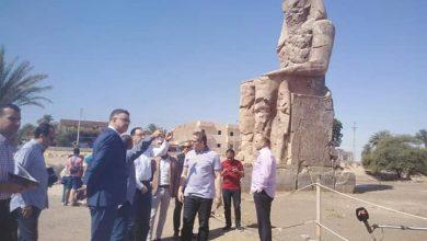 Photo of بالصور .. رئيس الوزراء والعناني أولى جولاتهم بزيارة تمثالي ممنون غرب الأقصر