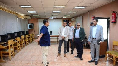 Photo of رئيس جامعة الأقصر يقوم بجولة تفقدية لكلية الفنون الجميلة